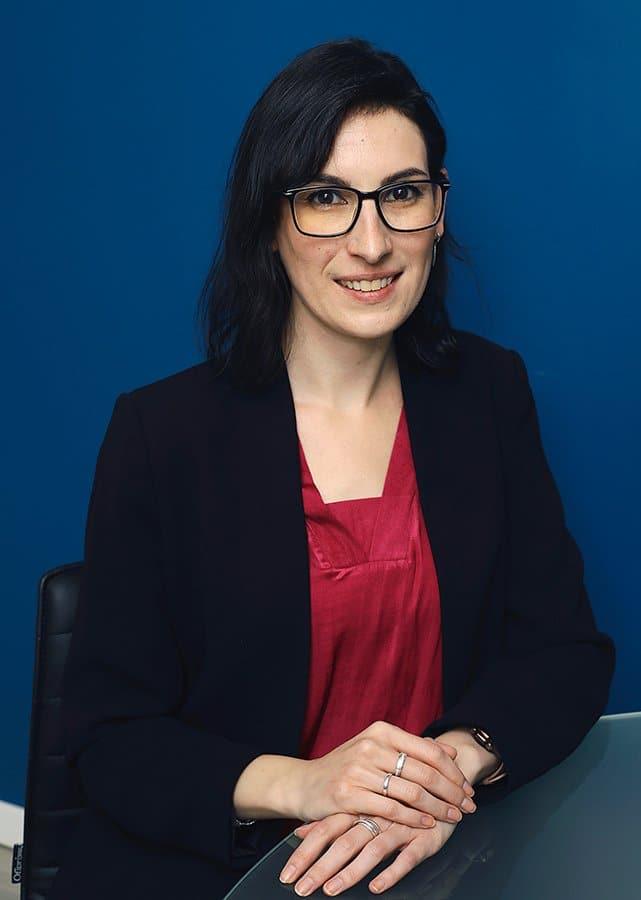 Leticia Izquierdo contable