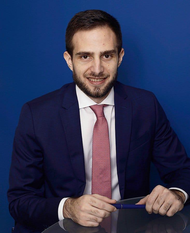 Raúl Pizarro asesor fiscal y contable